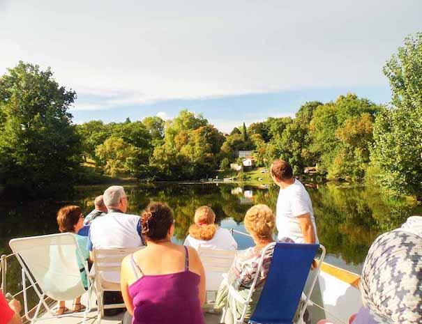 Visite du vignoble nantais en bateau en groupe sur la Sèvre Nantaise