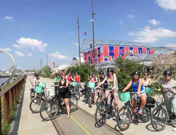 Visite de Nantes à vélo en groupe pour une activité team building