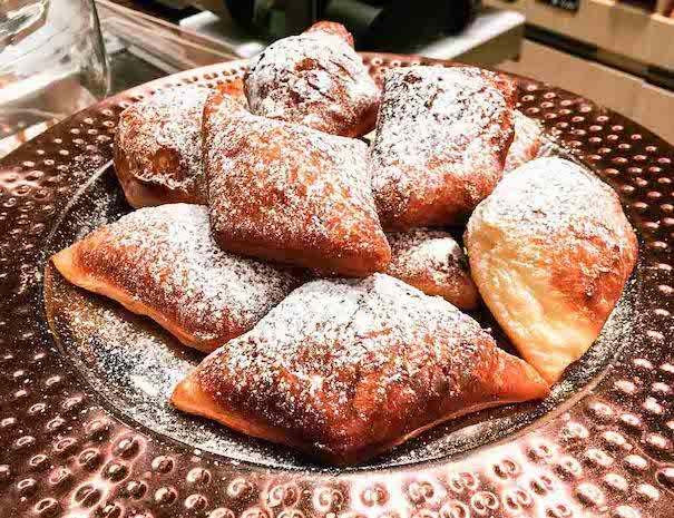 visite gourmande de nantes et découverte des botereaux, spécialité nantaise
