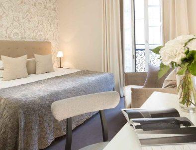 Chambre à l'hôtel de Nemours à Rennes