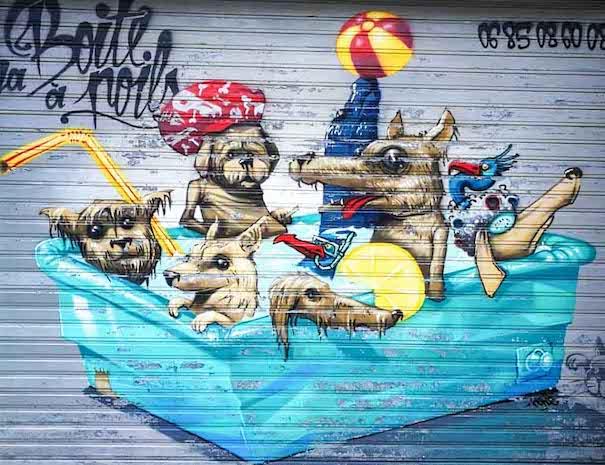visite street art à nantes, graffiti chiens