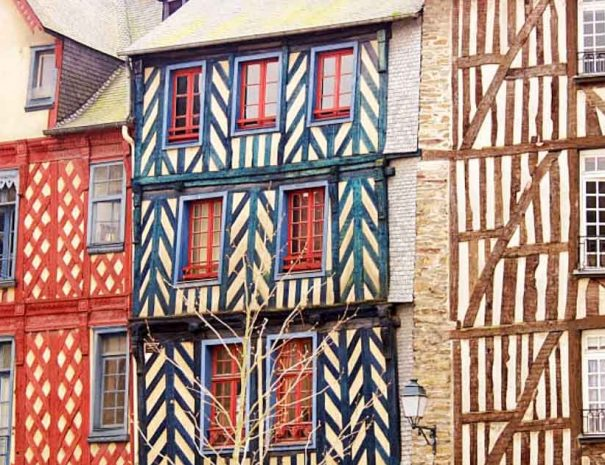 Half-timbered houses in Rennes for city breaks