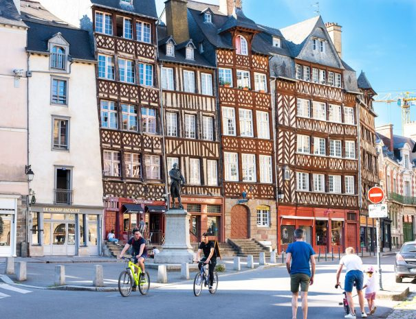 Bike tour in the Historic centre of Rennes during your holidays
