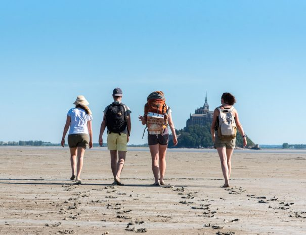 Private hike in the bay of Mont Saint Michel