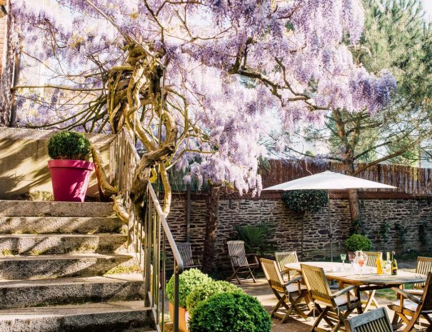Castell Joly hotel in Rennes and its fabulous garden for holidays