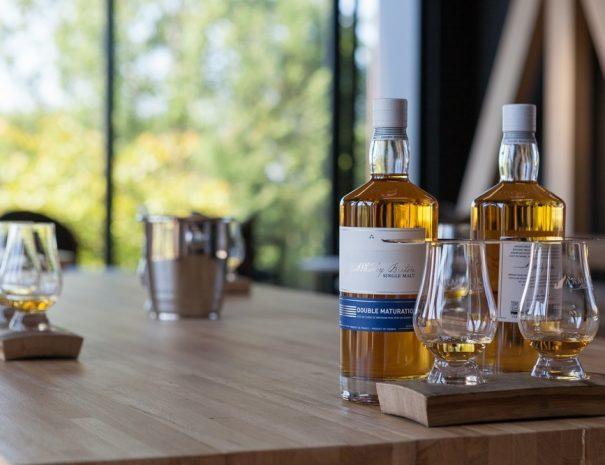Visite privée et dégustation dans la distillerie de Warenghem sur la Côte de Granit Rose