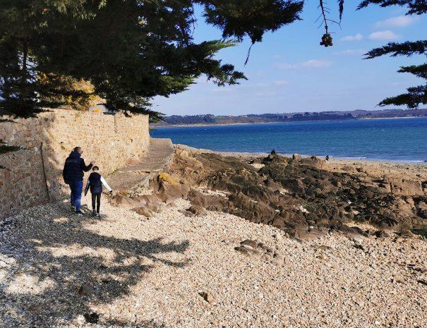 morlaix bay walk during holidays